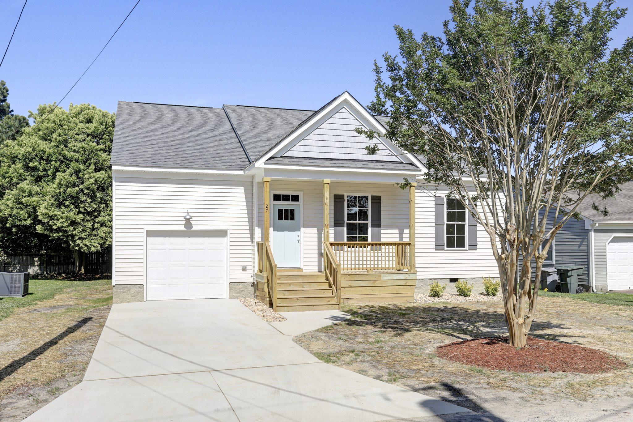 27 Trail Street, Hampton VA 23669